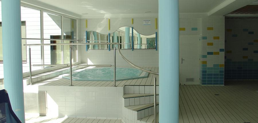 Hotel Kompas, Kranjska Gora, Slovenia - spa area, whirlpool.jpg